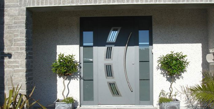 Hormann front doors south west garage doors for Puertas de ingreso principal modernas