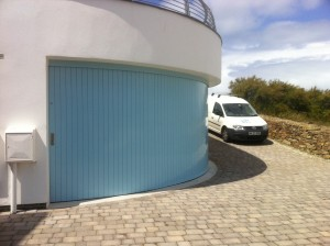 Rundum Mier Curved garage door in Porth, Newquay