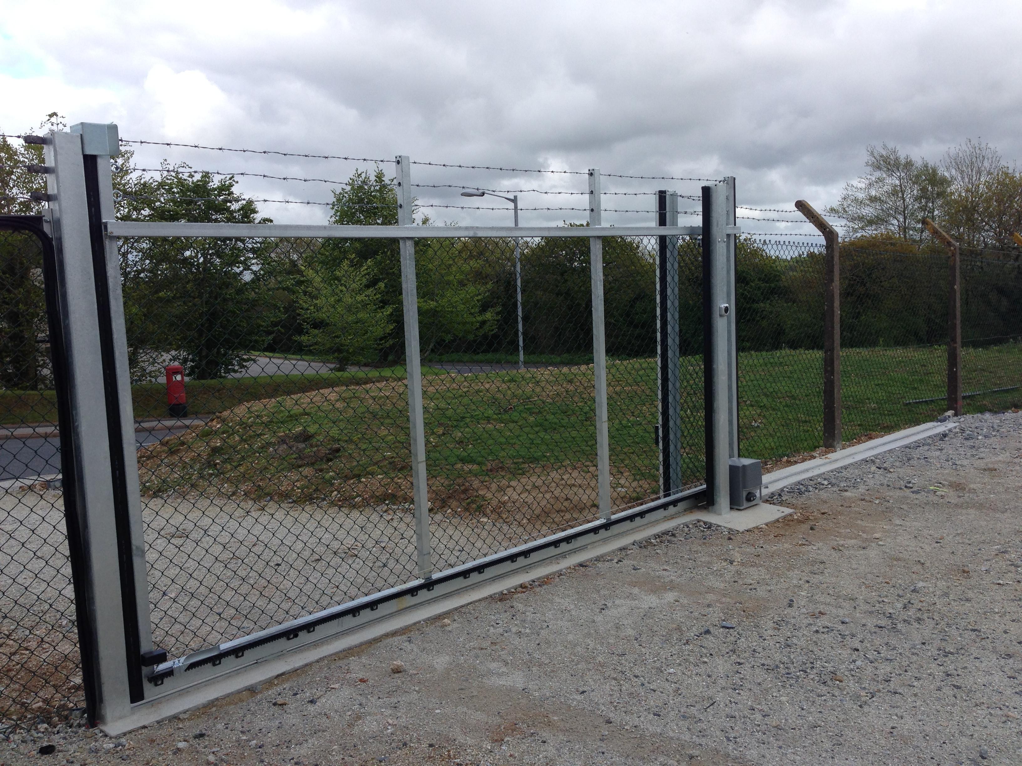 Industrial Slide Gate : Industrial sliding gates south west garage doors