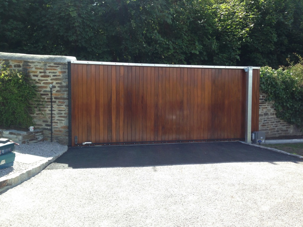 Iroko electric sliding gate, Falmouth.