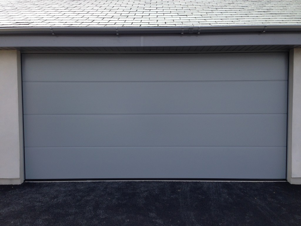 Hormann Large Ribbed sectional Door in Storm Grey