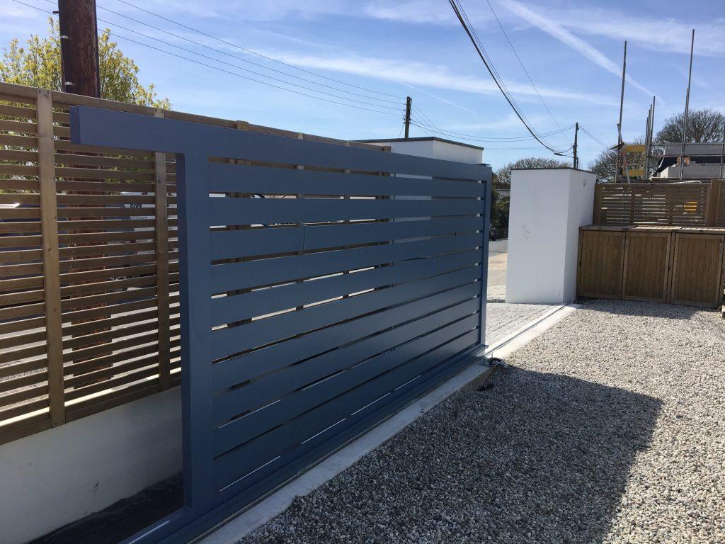 Modern Aluminium sliding gates