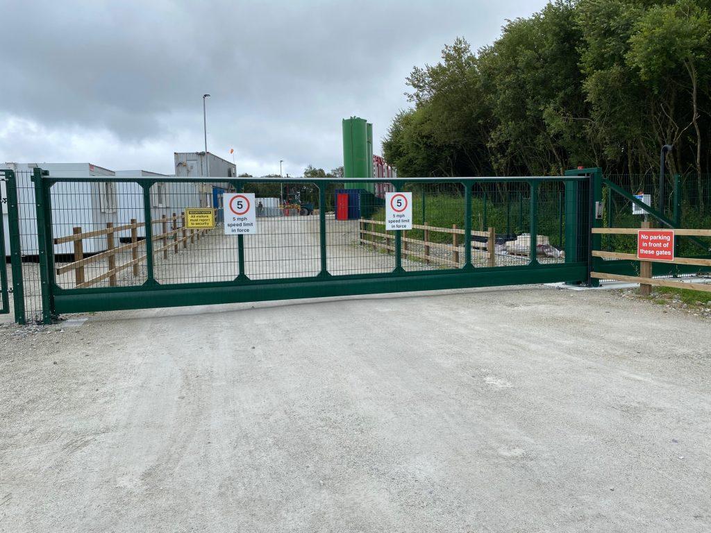 Large Industrial Cantilever Sliding Gates